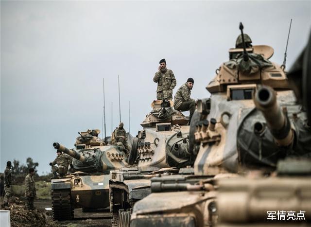 土耳其遭遇報復,軍事基地和城市同遭襲,雇傭兵也遭俄猛烈轟炸-圖8