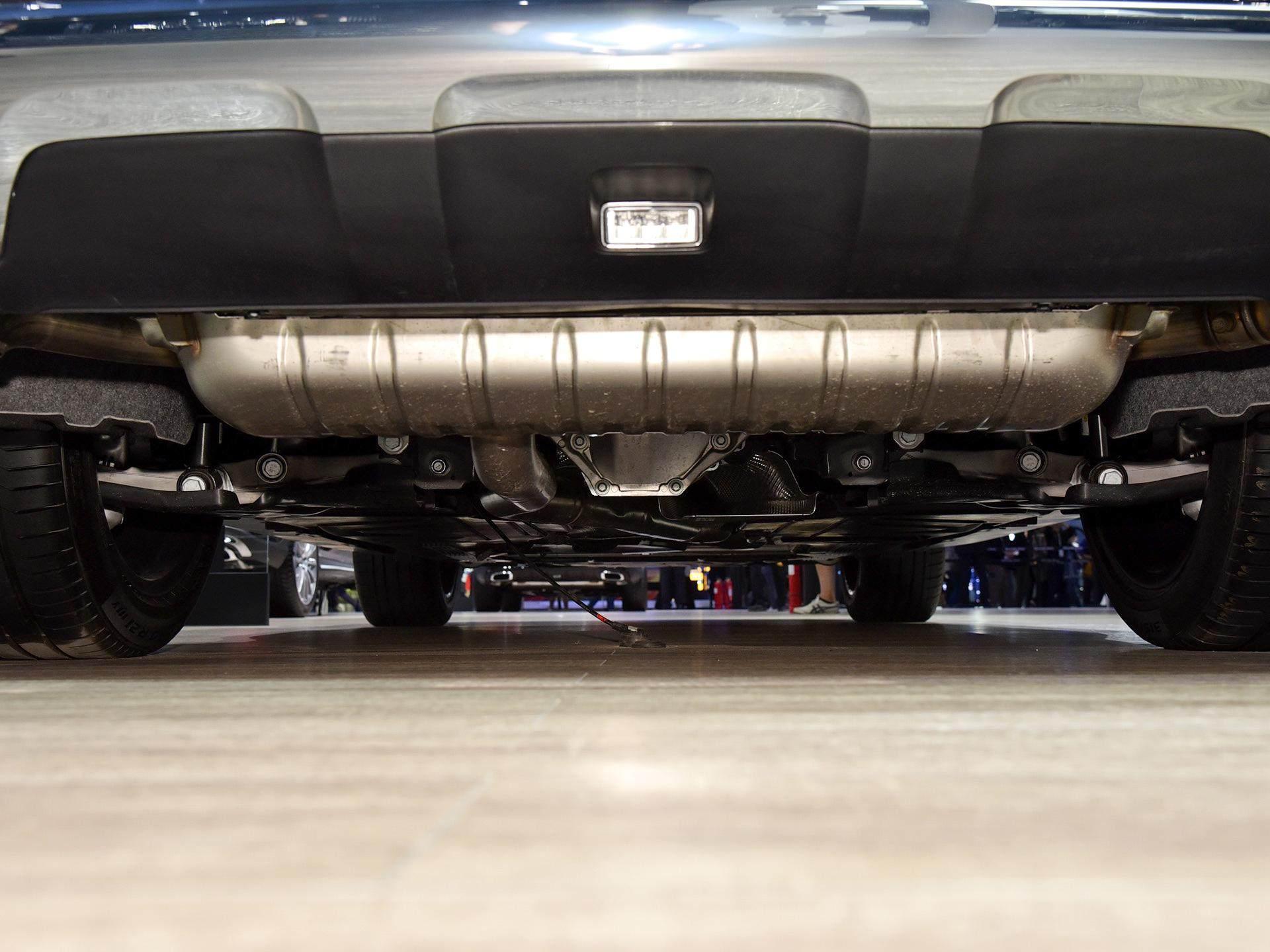 真正動感的豪華轎跑,動感不輸奧迪A7,60萬價格比凱迪拉克拉風-圖6