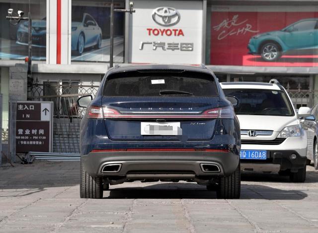 又一豪華SUV售價跳水,3.0T+四驅,霸氣不輸X5,猛降8萬真霸氣-圖3