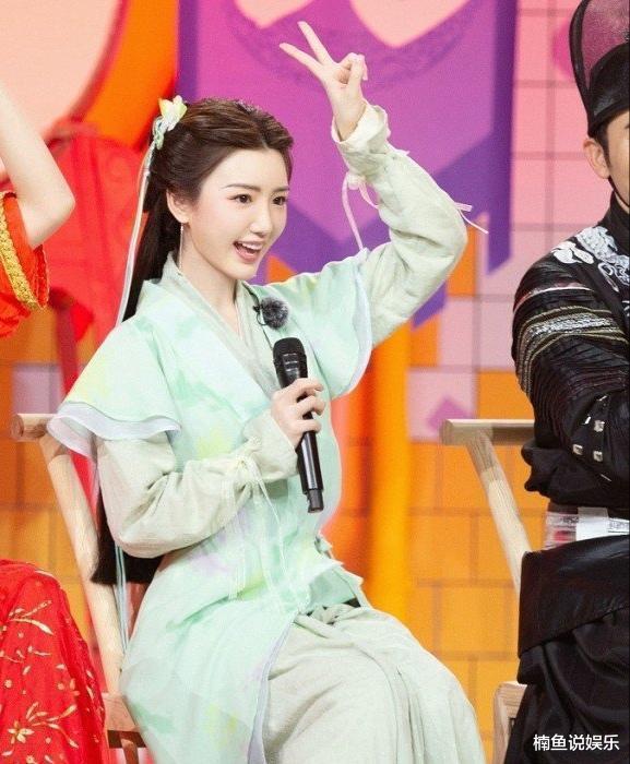 同樣是演趙靈兒,32歲毛曉彤撞上17歲劉亦菲,靈氣十足好驚艷-圖9