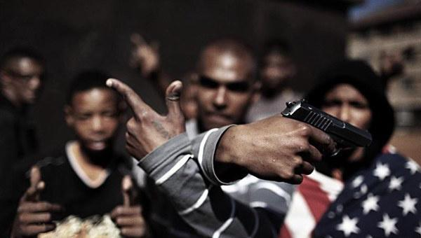 芝加哥30個黑幫結盟,誓言擊斃開槍白人警察,白宮稱有大國在撐腰-圖4