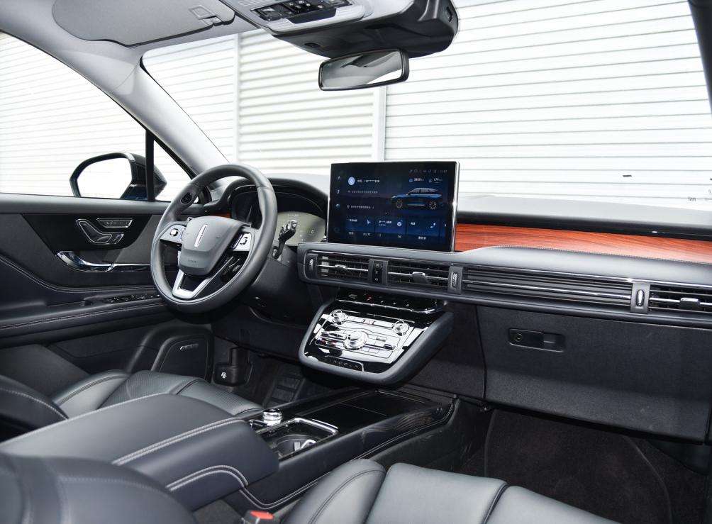 長安合資車來瞭,2.0T配8AT動力組合,24.68萬帶自適應懸掛-圖5