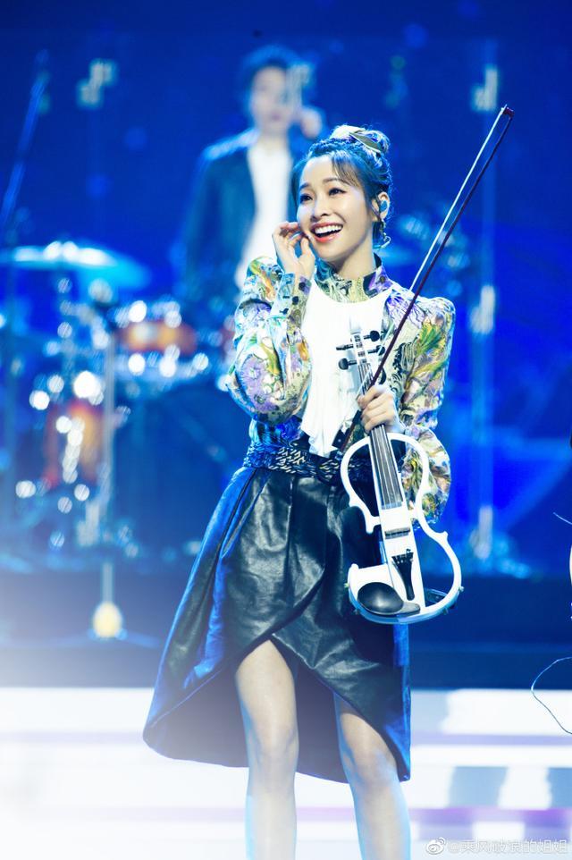 33歲袁詠琳被淘汰:10年不紅,她沒什麼好同情的-圖2
