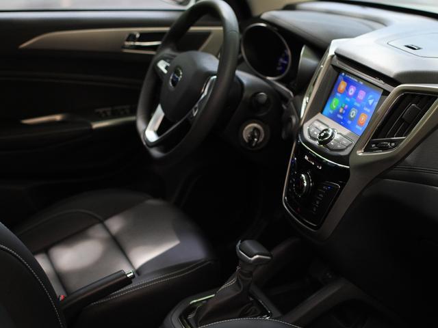 長安發力小型SUV市場,CVT自動不到6萬,滿油跑800Km-圖5