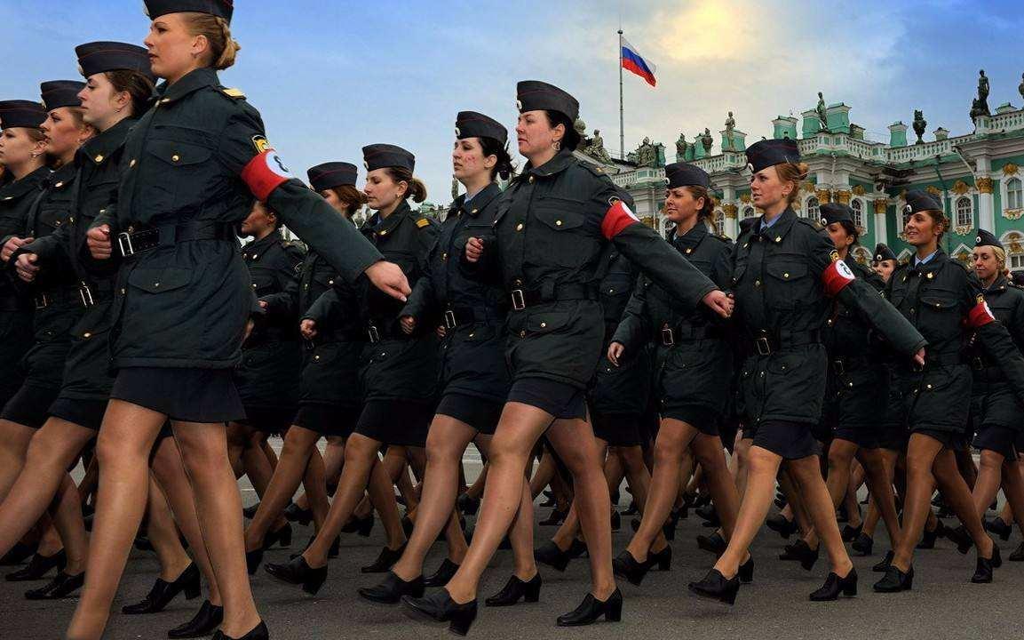 美國有30萬的女兵,俄羅斯也有12萬,解放軍中有多少女兵呢?-圖2