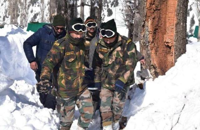 中印邊境一張照片曝光,展現瞭印度邊軍真實模樣-圖2