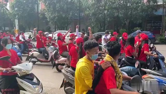 緬甸人在中國史無前例大規模拉票遊行,背後的險惡用心讓人心寒-圖2