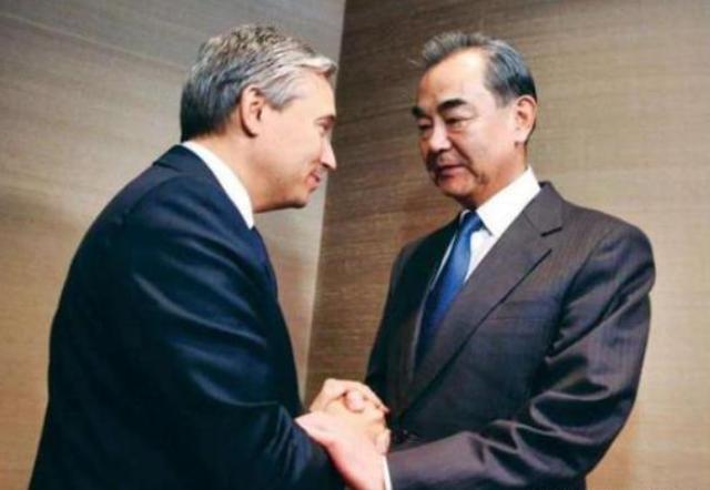 還不立即釋放孟晚舟?中國外長和大使齊發聲:敦促加方-圖4
