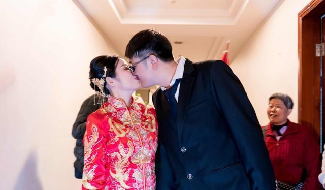 在別人眼中六年的幸福婚姻,妻子:始終形同陌路,最終一地雞毛-圖2
