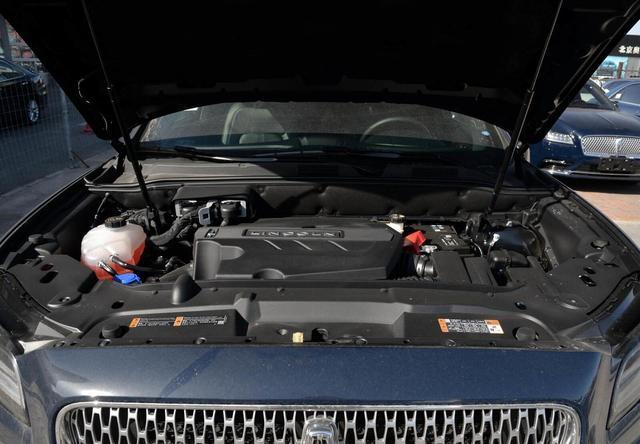 又一豪華SUV售價跳水,3.0T+四驅,霸氣不輸X5,猛降8萬真霸氣-圖6