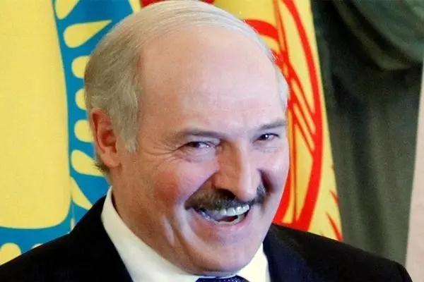 立陶宛總統親自冊封,白俄反對派當上總統,俄:年度最大笑話-圖4
