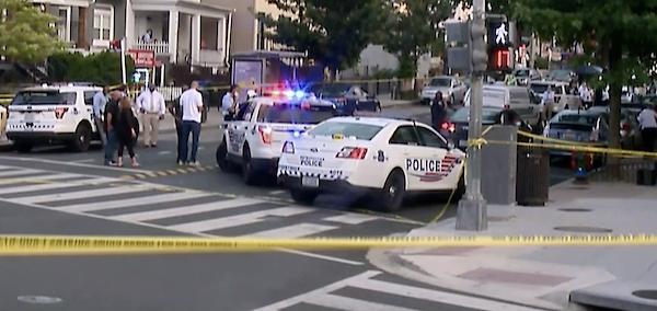 21人死傷!華盛頓爆發特大槍擊案!現場血流成河,3槍手成功逃脫-圖5
