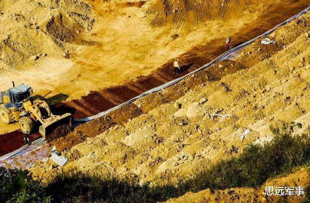 又一個白眼狼出現,稀土儲備3100萬噸的鄰居,拿中國援助後賣美國-圖5