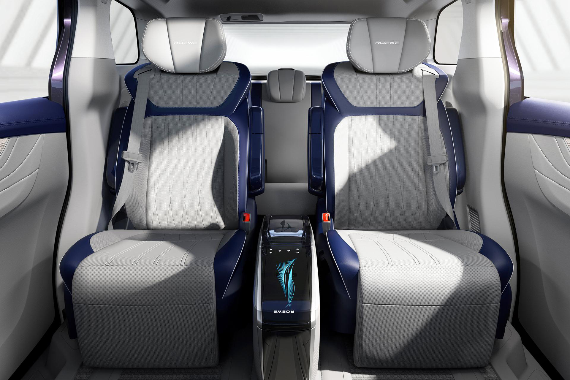 """國產全新""""標桿級""""MPV,電滑門配2.0T,車上可喝茶,對標GL8-圖8"""