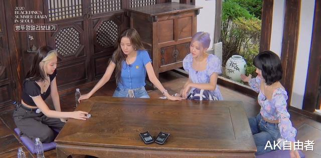"""麗莎(Lisa)輸掉遊戲的那一秒 打出瞭""""我是外國人""""的牌-圖5"""