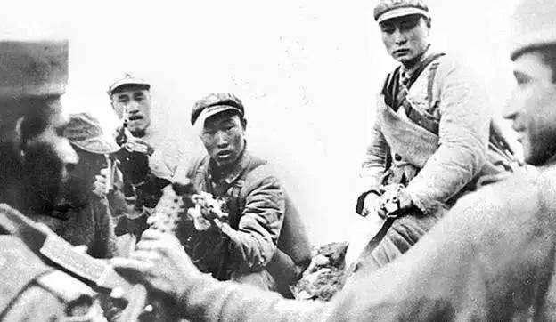 基辛格:中印戰爭爆發前夕,蘇聯開始支持中國,為何又變卦瞭?-圖6