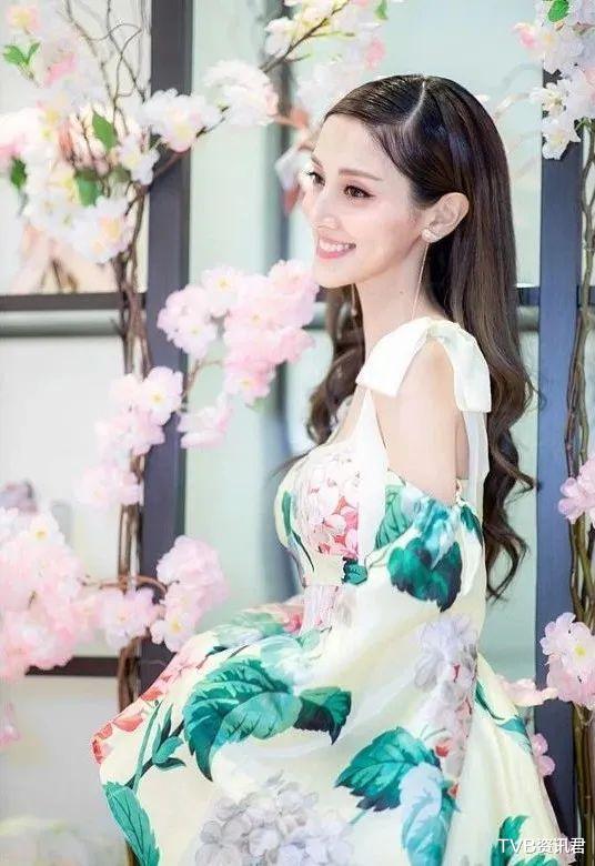 """自責忽略家庭!TVB力捧港姐忙創業:視帝老公化身""""湊仔公"""""""