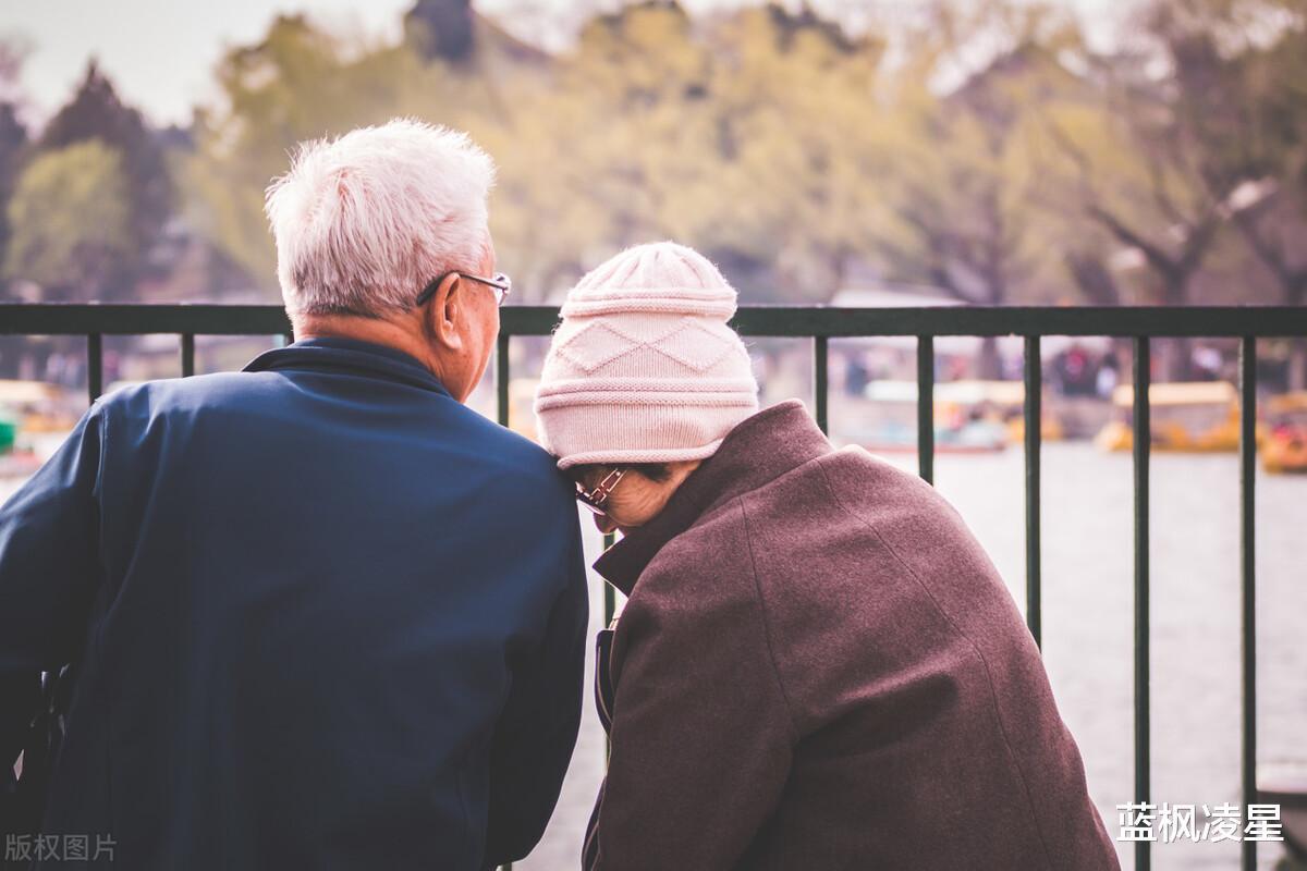 一位62歲退休女人的忠告:再婚兩年,終於明白半路夫妻都是賊-圖5