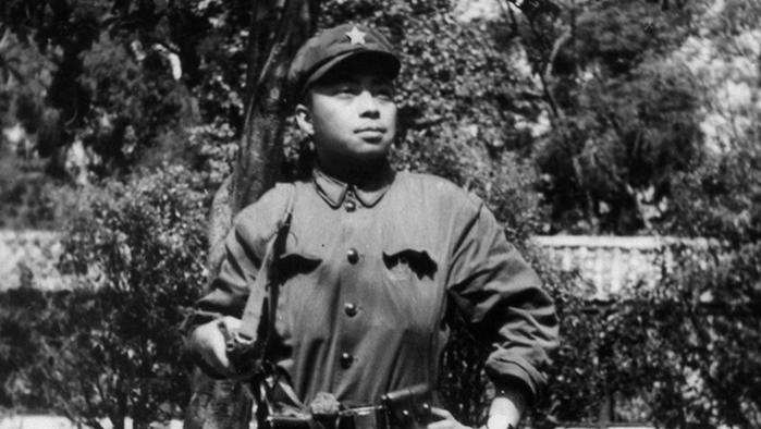 解放军老兵回忆:我在越南最过瘾的事,就是放火烧他们的房子