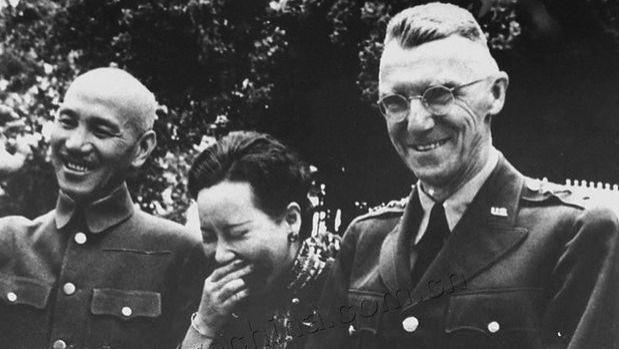 蒋介石38岁时,请道士算命,道士说了八个字,蒋24年后才明白用意。