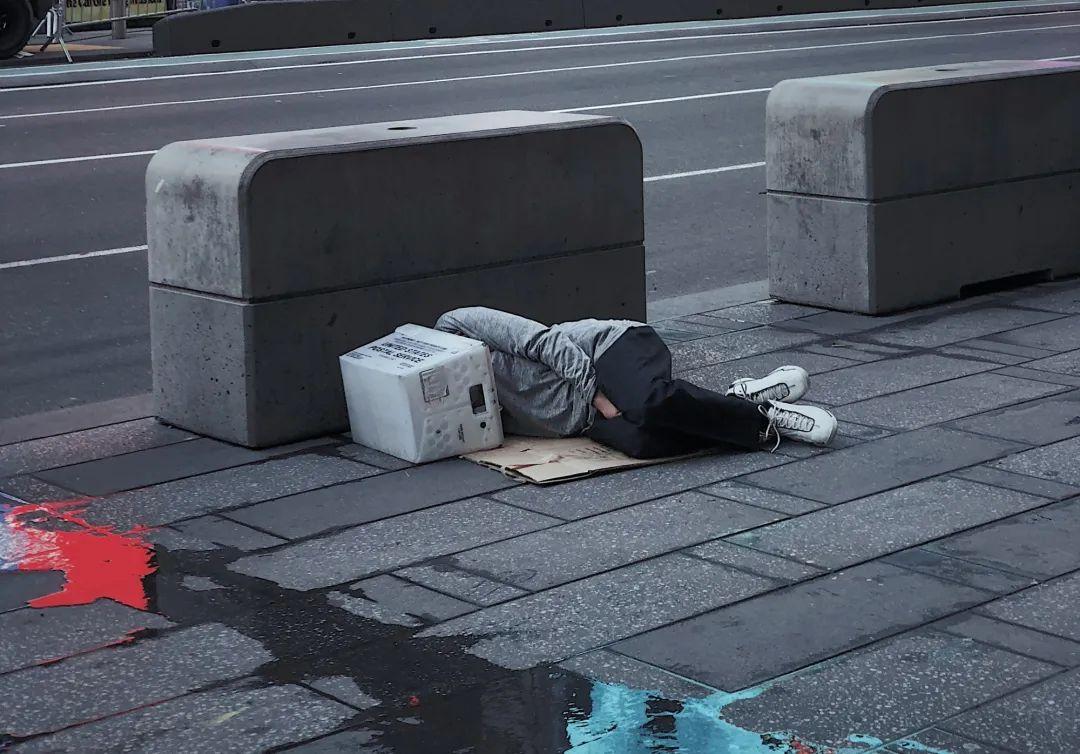 """""""懶""""男人的可怕結局:妻離子散,晚景淒涼 無人送終-圖8"""