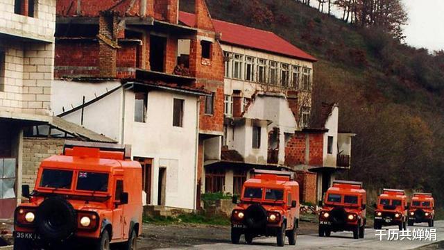 非正義的科索沃戰爭,西方勢力再次點燃火藥桶,無辜百姓遭殃-圖8