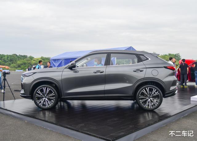 屬於年輕人的個性SUV,歐尚X5配置全面,有望成為爆款車型-圖4