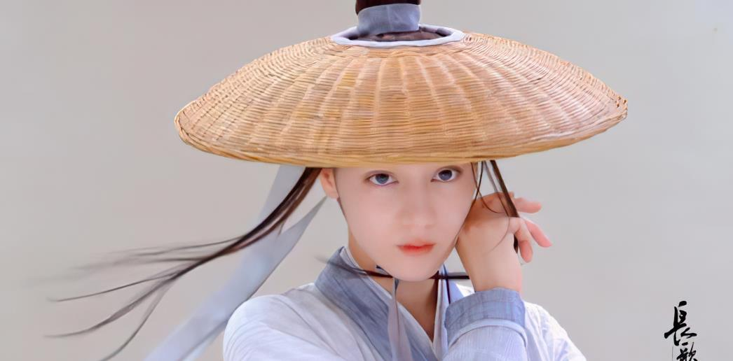 趙露思作為新劇女二,但人氣卻高於女主,官宣角色點贊量遠超熱巴-圖9