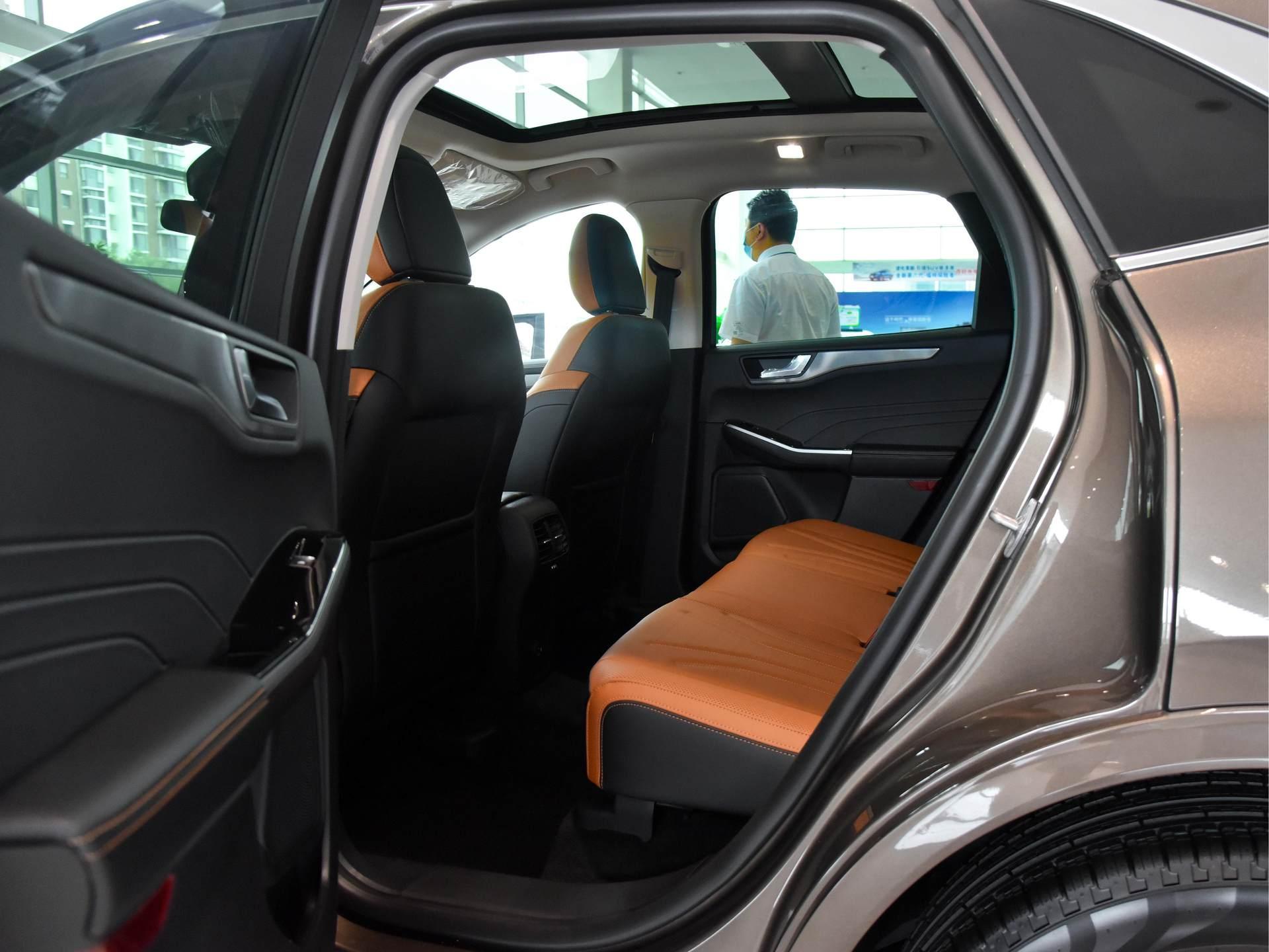 買CRV感覺不個性?這臺SUV爆近400牛米扭矩,還是合資品質-圖5