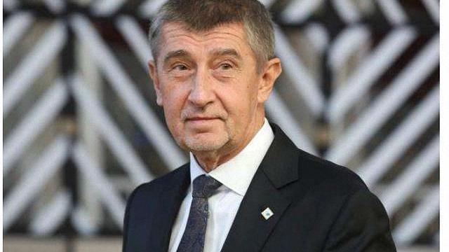 捷克總理終於承認瞭,是自己做錯瞭-圖3