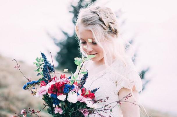 婆婆在婚禮上耍小聰明,新娘怒撕頭紗:不嫁瞭-圖4