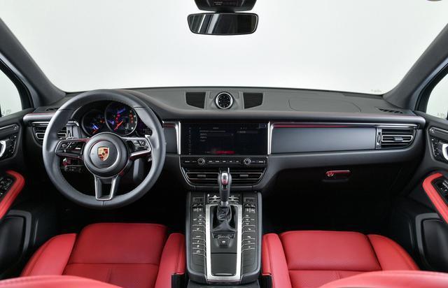 國內在售的豪華品牌中型SUV內飾集合,哪個才是你喜歡的?-圖6