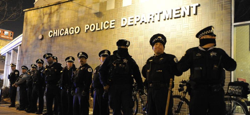 芝加哥30個黑幫結盟,誓言擊斃開槍白人警察,白宮稱有大國在撐腰-圖3