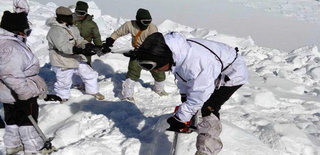 大雪封山後勤補給中斷,列城醫院人滿為患,印軍司令開始撐不住瞭-圖4