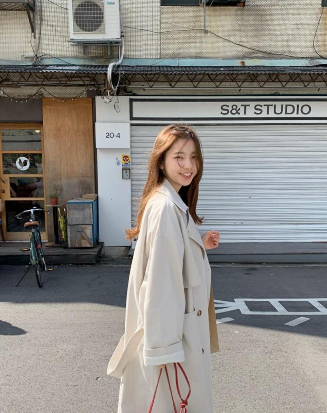 黑与白2修改器_温柔系的韩系小姐姐穿搭,是真的好看!