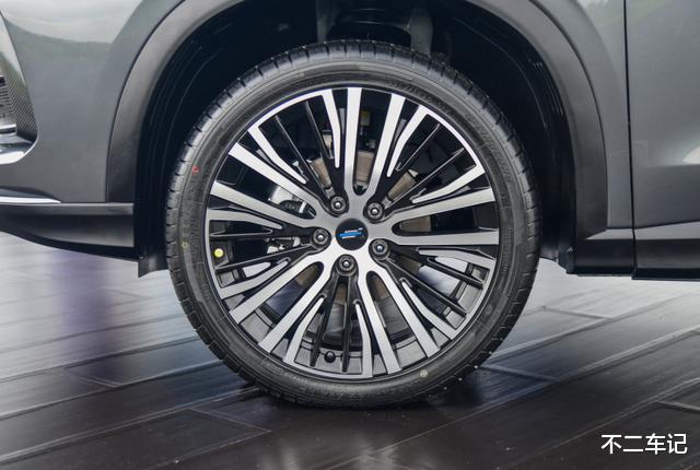 屬於年輕人的個性SUV,歐尚X5配置全面,有望成為爆款車型-圖5