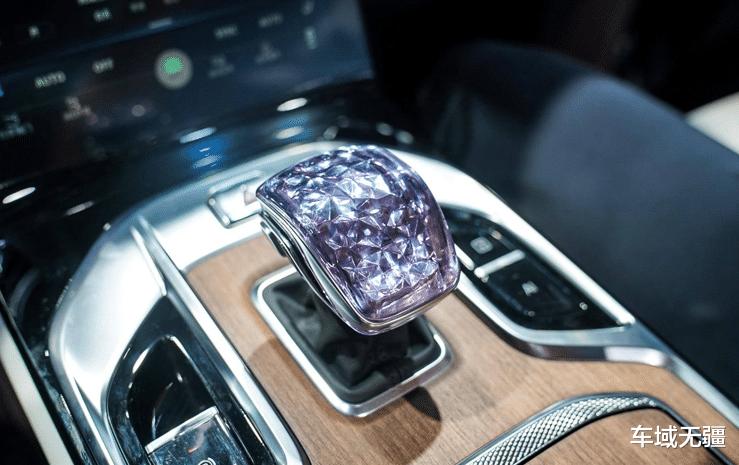 """定價超50萬,堪稱""""國產庫裡南"""",這兩款車憑啥這麼""""自信""""?-圖7"""