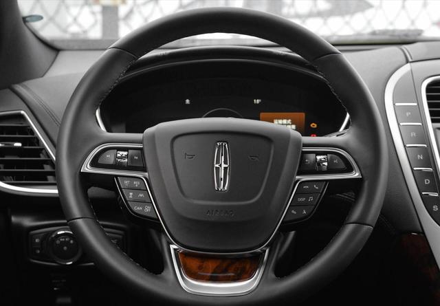 又一豪華SUV售價跳水,3.0T+四驅,霸氣不輸X5,猛降8萬真霸氣-圖4