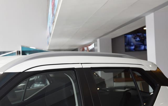 小巧且精致的一款小型SUV,勁客省油好開,科技配置有所欠缺-圖5