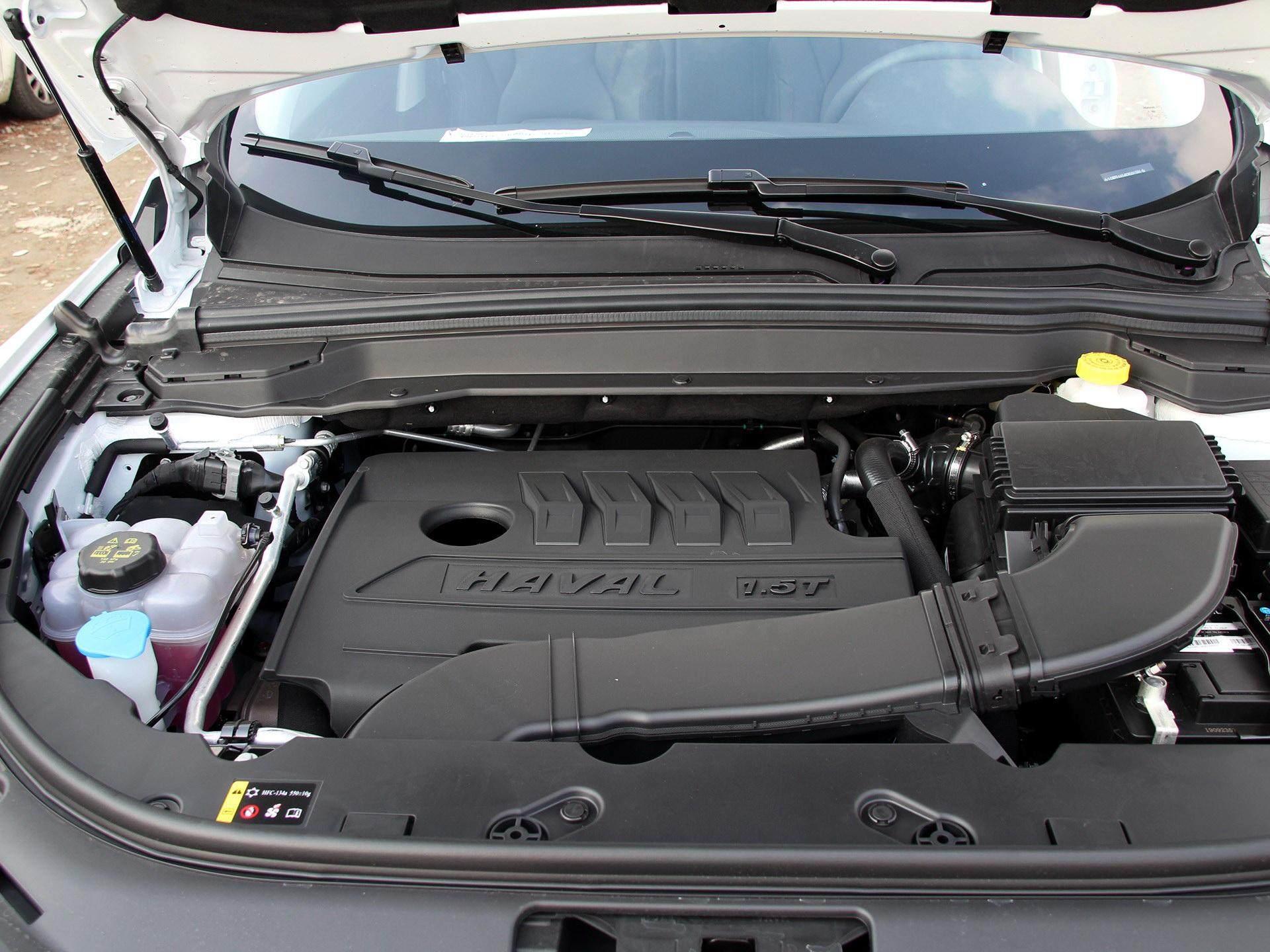 不給飛度活路!這臺SUV軸距2660mm,空間大配置高,何必選飛度-圖5