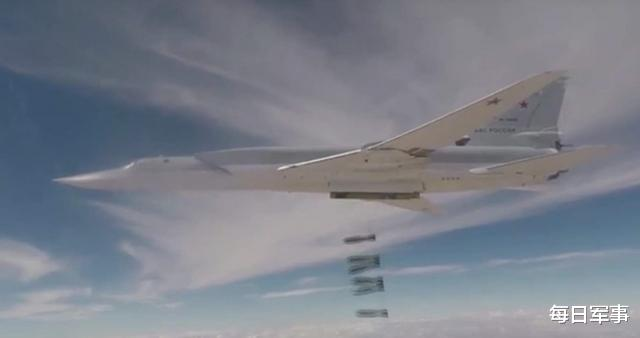 """好一招""""圍魏救趙"""",俄空軍突然發起猛烈空襲!土耳其心態崩瞭-圖3"""