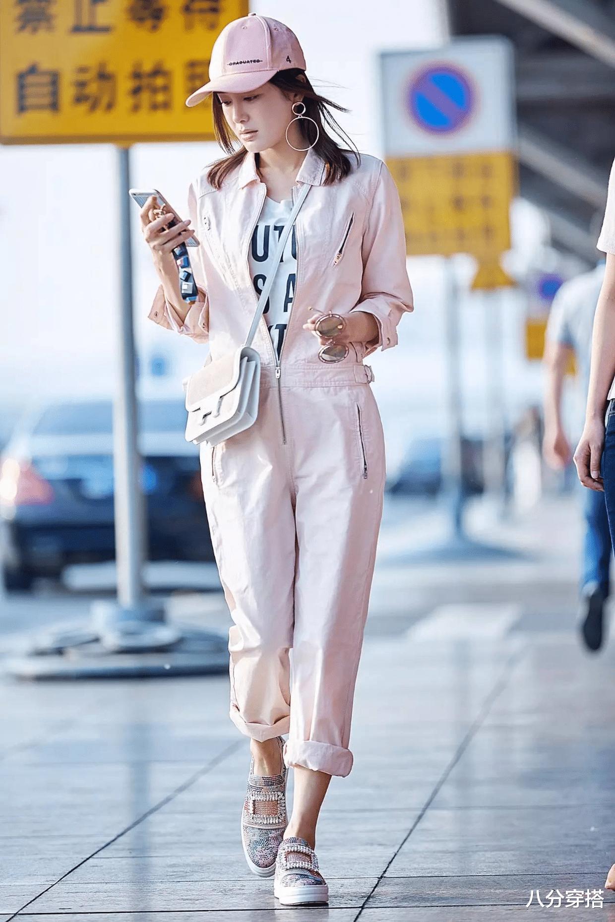 Ella陳嘉樺坐豪車亮相,一襲黑色抹胸連體褲,二八比例太驚艷-圖8