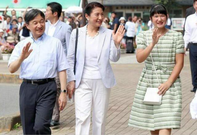 日本出現女天皇?菅義偉:男系繼承重要性絲毫不會改變-圖3