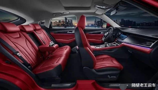 """長安""""重量級""""跨界SUV,爆233馬力+8AT,配12寸大屏,僅11萬-圖3"""