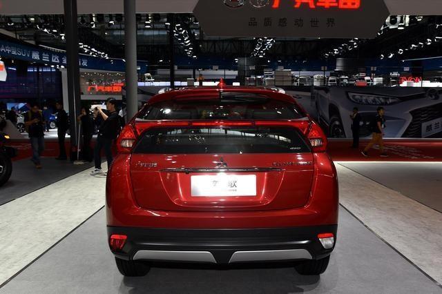 三菱SUV顏值王:1.5T+6AT,比繽智帥10倍,落地10萬看啥哈弗H6-圖7
