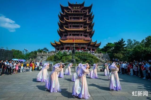 中國十一黃金周刷屏外網,外國網友驚嘆:中國比我們領先好多光年-圖3