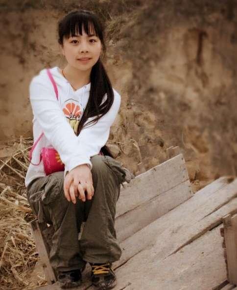 走紅後放棄名利回家種田,埋怨帶娃苦的歌手王二妮,又曝新情況
