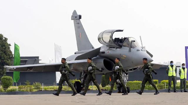 10月8日,印度5架陣風全部出擊!莫迪向軍方下令:這是最重要任務-圖3