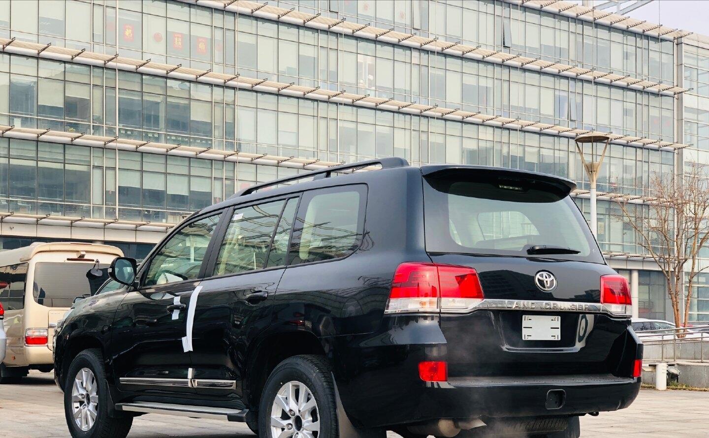 最便宜八缸豐田陸巡提車,落地66萬,尺寸不輸X5,空氣懸掛最給力-圖3