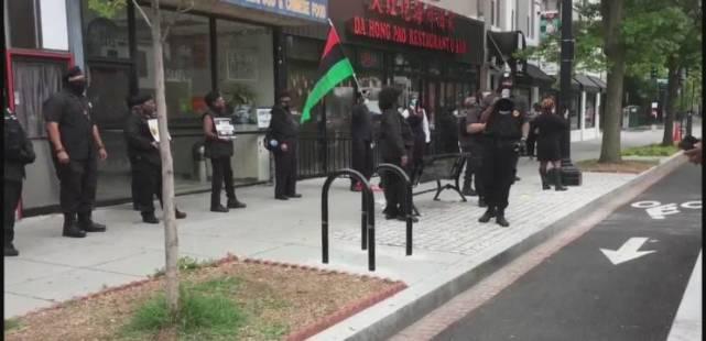 洛杉磯爆發激烈槍戰!黑豹黨首次與警方交手,戰果令白宮瞠目結舌-圖5